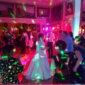 Devon Pro DJ Wedding DJ