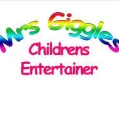 Mrs Giggles Clown