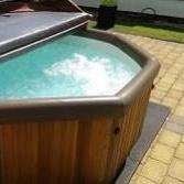 caledonian hot tubs Hot Tub